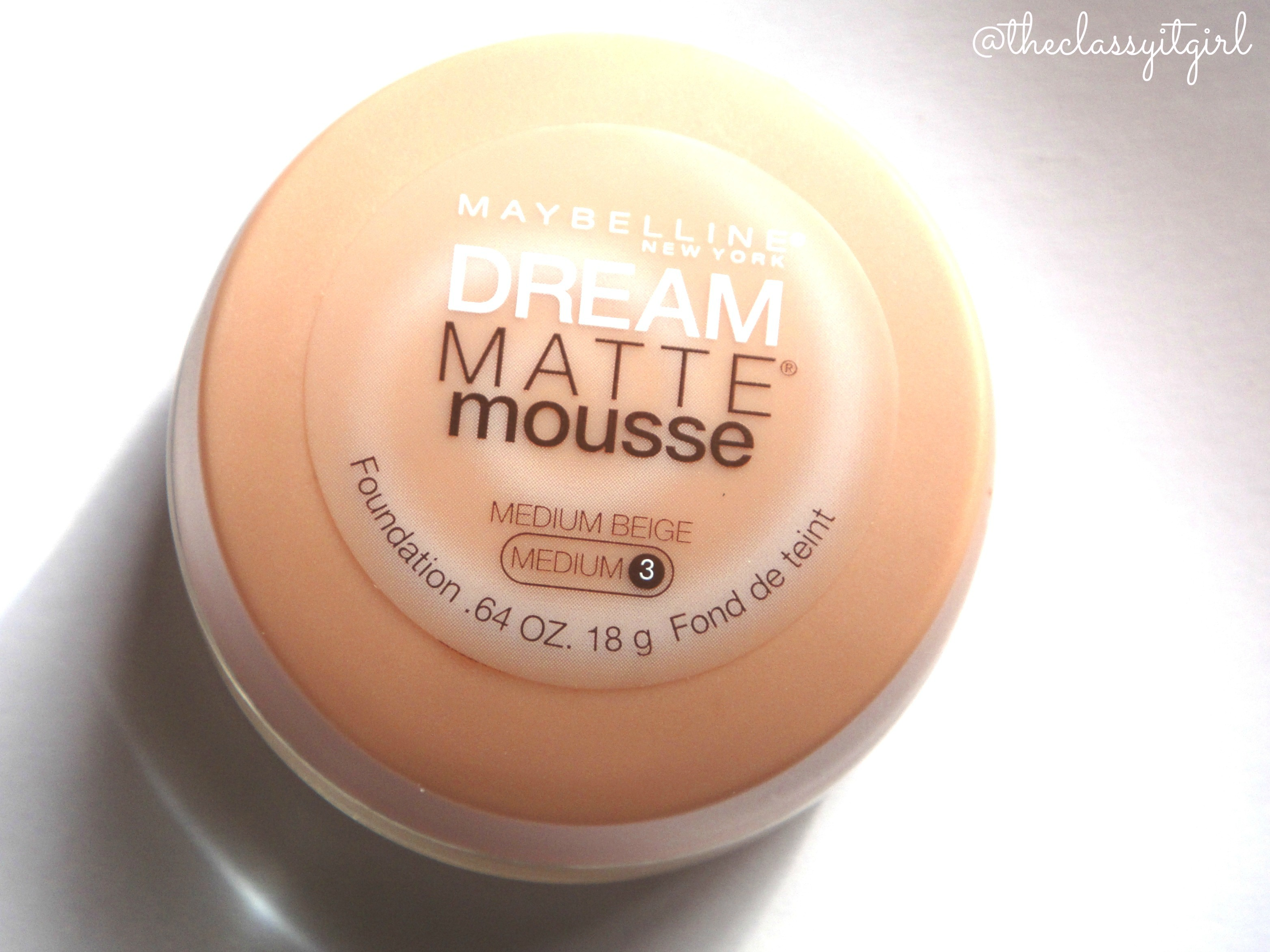 maybelline dream matte mousse foundation review demo the classy it girl. Black Bedroom Furniture Sets. Home Design Ideas