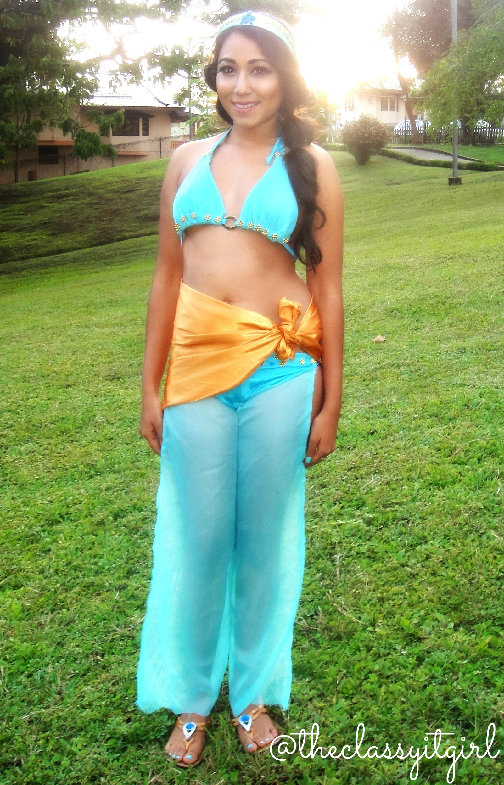 Jasmine12  sc 1 st  Roxy James & Princess Jasmine DIY No Sew Outfit u0026 Makeup - Roxy James